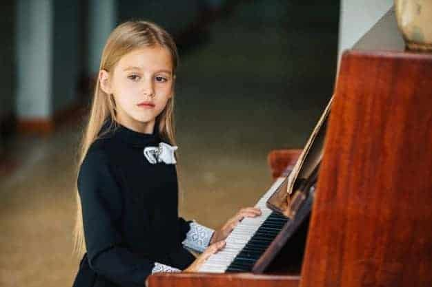 free-piano-lessons-for-beginners.jpg